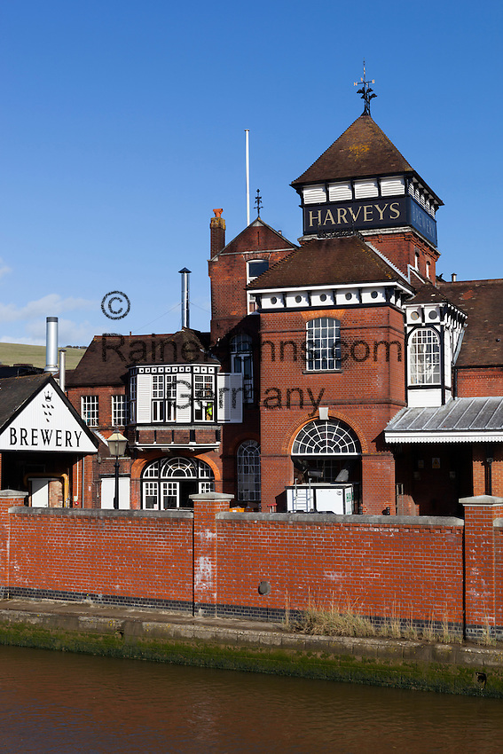Great Britain, England, East Sussex, Lewes: The Harveys Brewery on River Ouse | Grossbritannien, England, East Sussex, Lewes: The Harveys Brewery am Fluss Ouse