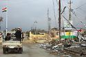 Iraq 2015<br />On november 17, in the suburbs of Sinjar, few days after Kurdish and Yezidis fighters retook the city from ISIS<br />Irak 2015<br />Le 17 novembre dans les faubourgs de Sinjar, quelques jours apres la liberation de la ville par les combattants kurdes et yezidis