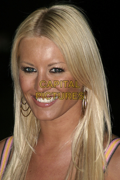 "DENISE VAN OUTEN.""The Phantom of the Opera"" World Premiere,.Odeon Leicster Square, London, December 6th 2004..portrait headshot.Ref: AH.www.capitalpictures.com.sales@capitalpictures.com.©Capital Pictures."