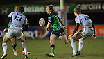 Connacht scrum half Kieron Marmion finds Fetu'u Vainikolo in support as Blues pair Richard Smith and Rhys Patchell close in..Celtic League.Cardiff Blues v Connacht.22.02.13.©Steve Pope-SPORTINGWALES