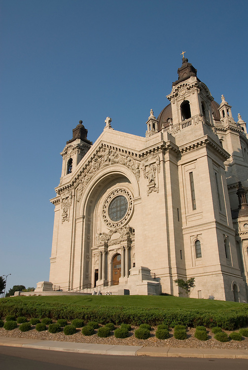Minnesota, Twin Cities, Minneapolis-Saint Paul: Saint Paul Cathedral..Photo mnqual285-75271..Photo copyright Lee Foster, www.fostertravel.com, 510-549-2202, lee@fostertravel.com.