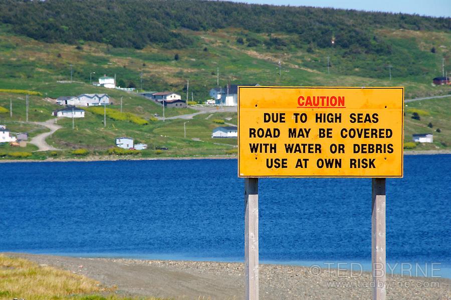 Danger high seas road sign