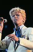 1983: DAVID BOWIE - Serious Moonlight Tour - Various