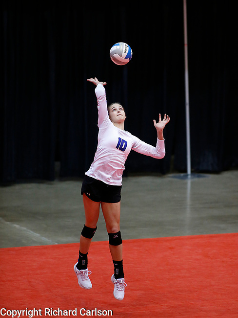 November 22, 2019; Rapid City, SD, USA; Caitlyn Pruis #10 of Sioux Falls Christian serves against Miller at the 2019 South Dakota State Volleyball Championships at the Rushmore Plaza Civic Center in Rapid City, S.D. (Richard Carlson/Inertia)