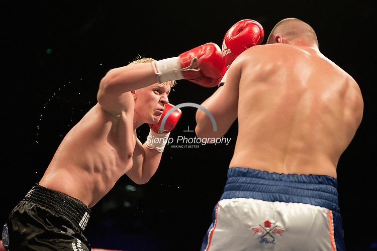 Paul Morris UK vs Micki Nielsen DK in O2 Arena in London 25/5-2013 .Photo: Thomas Sjoerup