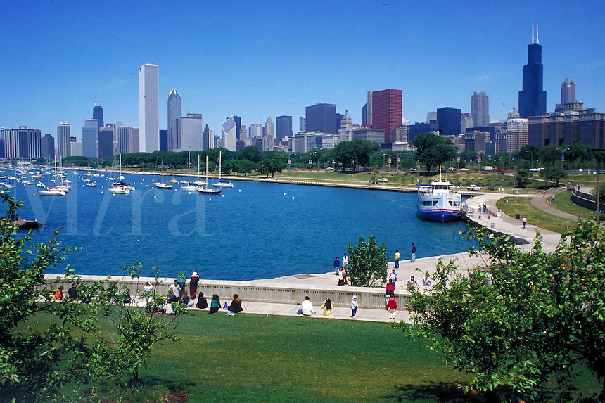cityscape of Chicago showing Lake Michigan waterfront. Chicago Illinois USA.