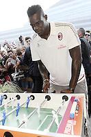 Mario Balotelli <br /> Milano 10-09-2015 <br /> Milan Presentazione Ufficiale della squadra ai tifosi. Official presentation of AC Milan Football Calcio 2015/2015  - foto Daniele Buffa/Image Sport/Insidefoto
