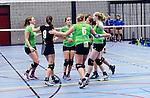 2015-10-17 / Volleybal / Seizoen 2015-2016 / Retie - VC Olen / Retie viert een punt<br /><br />Foto: Mpics.be