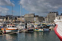 Europe/France/Normandie/Basse-Normandie/50/Manche/Cherbourg: Le Port de pêche, le quai Caligny et la ville //  France, Manche, Cotentin, Cherbourg,Cherbourg Harbour,  Fishing Port, dock Caligny