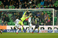 GRONINGEN - Voetbal, FC Groningen - PSV,  Eredivisie , Noordlease stadion, seizoen 2017-2018, 13-12-2017,   redding FC Groningen doelman Segio Padt