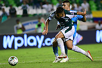 PALMIRA - COLOMBIA, 20-07-2019: Feiver Mercado del Cali disputa el balón con Juan Silgado de Jaguares durante partido entre Deportivo Cali y Jaguares de Córdoba por la fecha 2 de la Liga Águila II 2019 jugado en el estadio Deportivo Cali de la ciudad de Palmira. / Feiver Mercado of Cali vies for the ball with Juan Silgado of Jaguares during match between Deportivo Cali and Jaguares de Cordoba for the date 2 as part Aguila League II 2019 played at Deportivo Cali stadium in Palmira city. Photo: VizzorImage / Nelson Rios / Cont