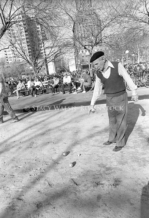 New York, NY 7 March 1987 - Alfred Levitt (1895-2000) playing Petanque in Washington Square Park