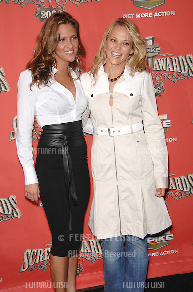 JILL WAGNER (left) & JESSICA GOWER at the Spike TV Scream Awards 2006 at the Pantages Theatre, Hollywood..October 7, 2006  Los Angeles, CA.Picture: Paul Smith / Featureflash