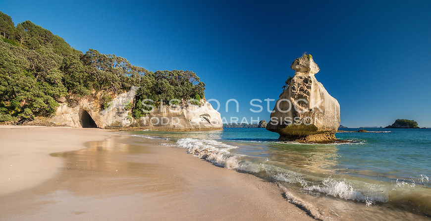 Beach next to Cathedral Cove, Coromandel, New Zealand - stock photo, canvas, fine art print