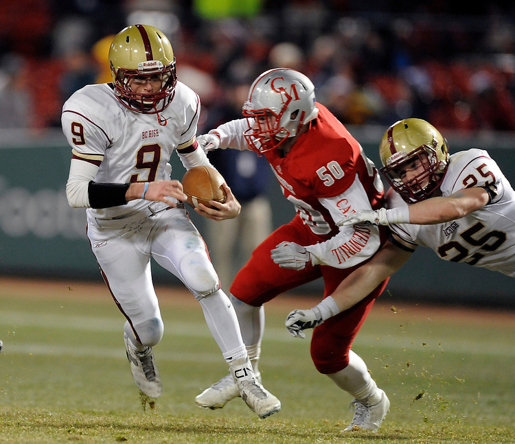 (Boston, MA, 11/25/15) Boston College takes on Catholic Memorial during a high school football game at Fenway Park in Boston on Wednesday, November 25, 2015. Staff photo by Christopher Evans