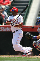 05/06/12 Anaheim, CA: Los Angeles Angels left fielder Vernon Wells #10 during an MLB game against the Toronto Blue Jays played at Angel stadium. The Angels defeated the Blue Jays 4-3