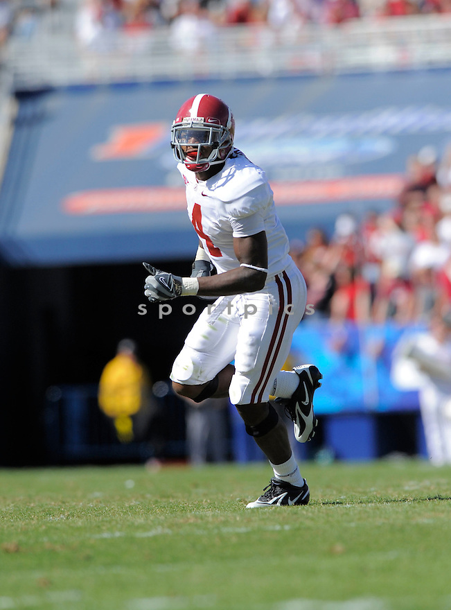 MARK BARRON, of the Alabama Crimson Tide, in action during the Crimson Tide game against the Kentucky Wildcats on October 2, 2009 in Lexington, KY. The Crimson Tide beat the Wildcats   38-20 ...