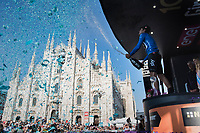 Mikel Landa (ESP/SKY) celebrates his Maglia Azzurra / KOM leader<br /> <br /> stage 21: Monza - Milano (29km)<br /> 100th Giro d'Italia 2017