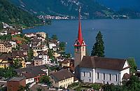 Blick auf Weggis am Vierwaldstätter See, Schweiz