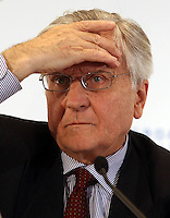 European Central Bank (ECB) President, Jean-Claude Trichet, attends a press conference after an ECB meeting in Lisbon, Portugal, on Thrusday, May 6, 2010.