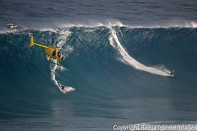 Surfers jpg | Benja Iglesis Images