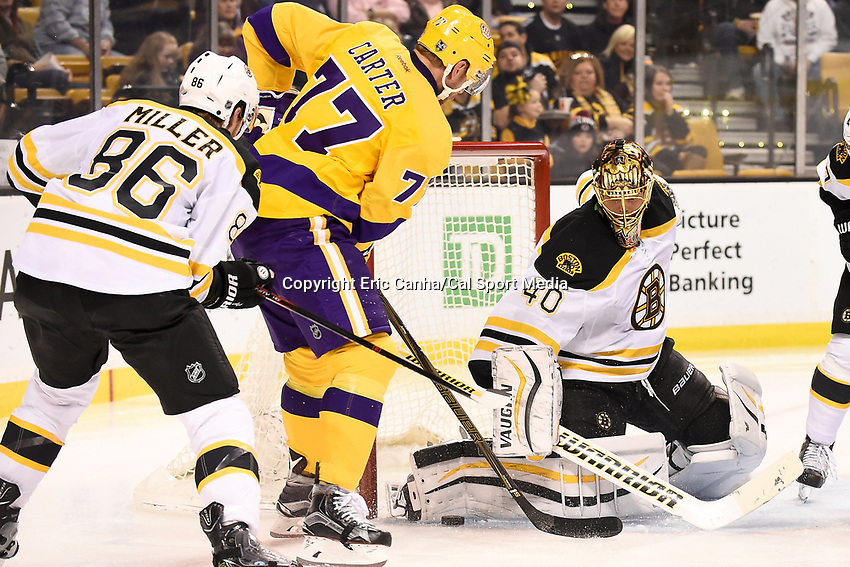 Tuesday, February 9, 2016: Boston Bruins goalie Tuukka Rask (40) works for the save as Los Angeles Kings center Jeff Carter (77) looks for the rebound during the National Hockey League game between the Los Angeles Kings and the Boston Bruins, held at TD Garden, in Boston, Massachusetts. The Kings defeat the Bruins 9-2. Eric Canha/CSM