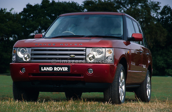 New Range Rover 3rd generation demonstrator on display at the Dunsfold Collection of Landrovers Open Day 2003. Dunsfold, Surrey, UK, Europe 2003. NO RELEASES AVAILABLE. Automotive trademarks are the property of the trademark holder, authorization may be needed for some uses. --- NO RELEASES AVAILABLE. Automotive trademarks are the property of the trademark holder, authorization may be needed for some uses.
