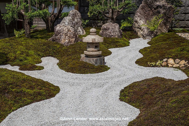 Hase-Dera Garden - Since 736, Hase-Dera has been considered the fourth station among 33 holy places in the Kanto region of Japan, and one of the main stops for Buddhist pilgrims in Kamakura.  Located near the Great Buddha of Kamakura. Hase-Dera has landscaped Japanese gardens, a giant prayer wheel,  a bamboo grove and a vegetarian restaurant with a bird-eye view of Kamakura and the Shonan Coast.