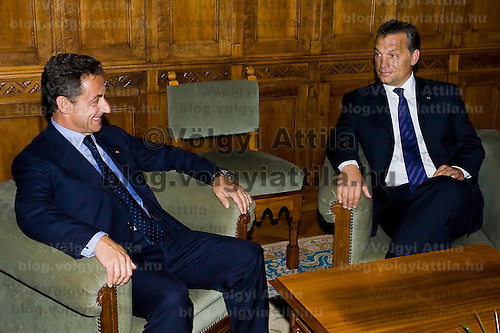 French president Nicolas Sarkozy (L) meets opposition party leader Viktor Orban (R) during his official visit to Hungary. Budapest, Hungary. Friday, 14. September 2007. ATTILA VOLGYI