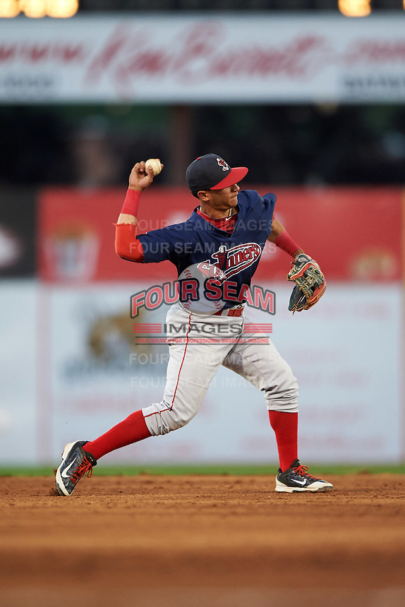 Lowell Spinners shortstop Jeremy Rivera (3) throws to first during a game against the Batavia Muckdogs on August 12, 2015 at Dwyer Stadium in Batavia, New York.  Batavia defeated Lowell 6-4.  (Mike Janes/Four Seam Images)