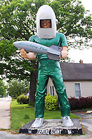 The Giant Gemini Man on old Route 66 in Wilmington, Illinois