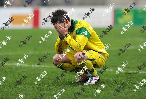 2012-01-29 / Voetbal / seizoen 2011-2012 / Witgoor - Neerpelt / Teleurstelling bij Sebastiano Garlisi ..Foto: Mpics.be