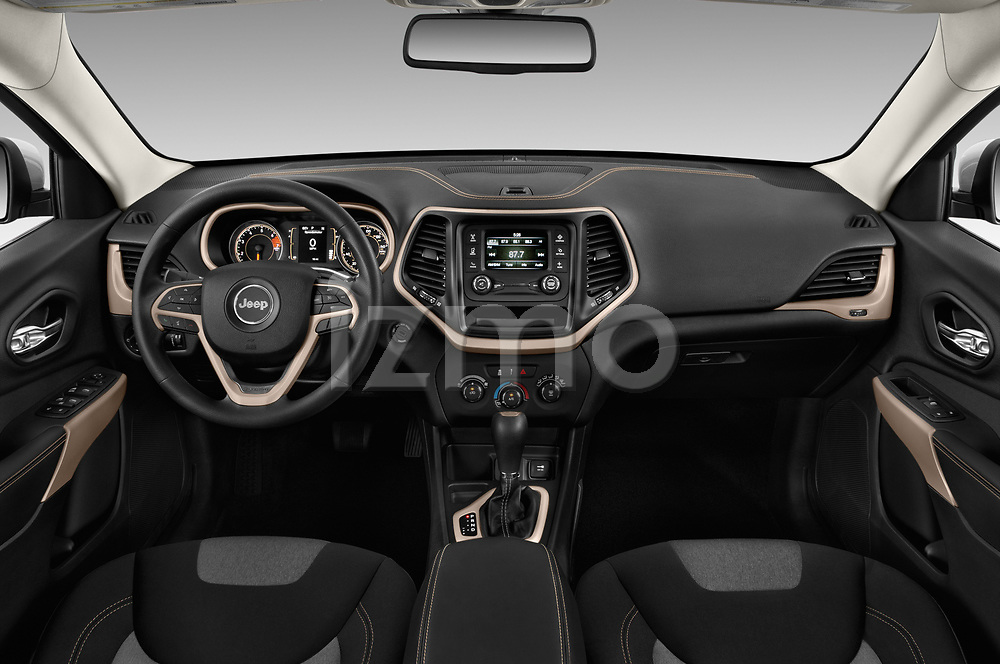 Stock photo of straight dashboard view of a 2018 Jeep Cherokee Latitude 5 Door SUV