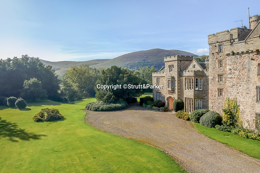 BNPS.co.uk (01202 558833)<br /> Pic: Strutt&Parker/BNPS<br /> <br /> A stunning castle that once belonged to. swashbuckling sailor who killed the real-life Jack Sparrow has gone on the market for offers over £1.9m.<br /> <br /> Coupland Castle in Northumberland is Grade I listed and is steeped in history dating back to the 12th century.<br /> <br /> It's Pele Tower was the last fortified building to be constructed in the Border area and before that the land on which it was built belonged to Sir John de Coupland, who captured the Scottish King at the Battle of Neville's Cross in 1346.<br /> <br /> During the 18th century a separate farmhouse was added to the south-west of the now L-shaped tower and it was sold in 1713 to Sir Chaloner Ogle.