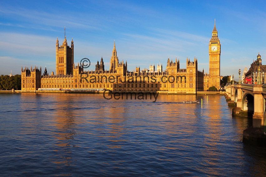 United Kingdom, England, London: View over River Thames to Houses of Parliament and Big Ben | Grossbritannien, England, London: Big Ben und Parliament an der Themse