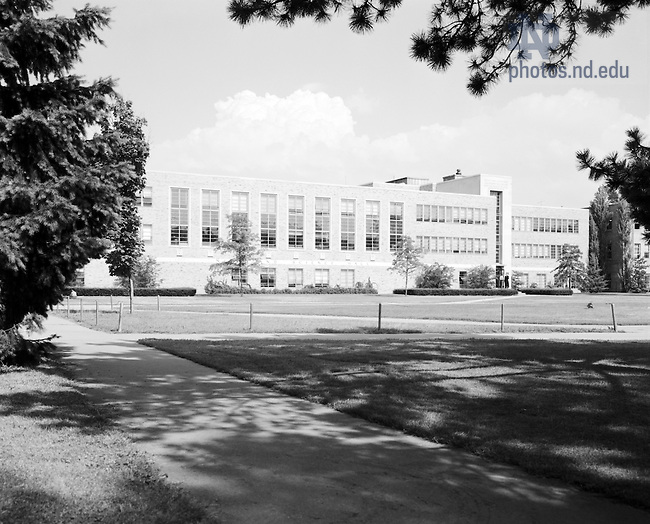GPHR 45/0045A:  Nieuwland Science Hall exterior, c1950s..Image from the University of Notre Dame Archives.