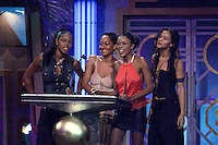 "The cast of ""Girlfriends"" present an award at The Source Hip-Hop Music Awards 2001 at the Jackie Gleason Theater in Miami Beach, Florida.  8/20/01  Photo by Scott Gries/ImageDirect"