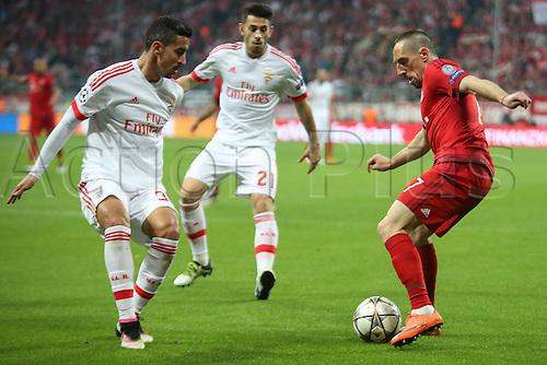 05.04.2016. Munich, Germany. UEFA Champions League FC Bavaria Munich versus Benfica Lisbon.  Alejandro Grimaldo (Benfica Lisbon), Franck Ribery (FC Bayern)  Battle for the Ball