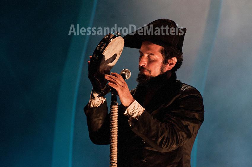 Vinicio Capossela Live in Cannole - Marinai, Profeti e Balene