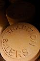 20/07/06 - TRIZAC - CANTAL - FRANCE - Salers Tradition, fromage AOC fabrique de Mai a Novembre en estive - Photo Jerome CHABANNE