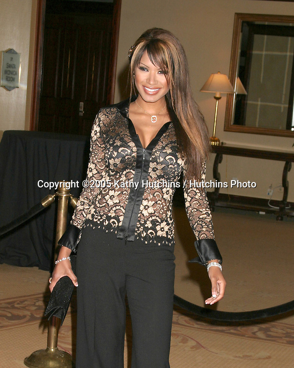 Traci Bingham.12th Annual Race to Erase MS.Beverly Hills, CA.April 22, 2005.©2005 Kathy Hutchins / Hutchins Photo.