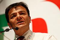 NAPOLI 15/06/2012 CONFERENZA NAZIONALE PER IL LAVORO DEL PARTITO DEMOCRATICO.NELLA FOTO STEFANO FASSINA .FOTO CIRO DE LUCA.