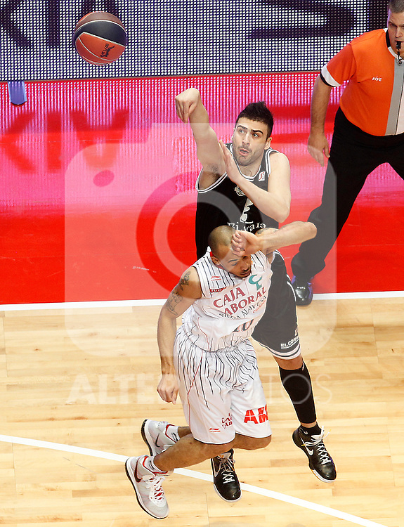 Bizkaia Bilbao Basket's Kostas Vasileiadis (r) and Caja Laboral's David Logan during Spanish Basketball King's Cup match.February 11,2011. (ALTERPHOTOS/Acero)