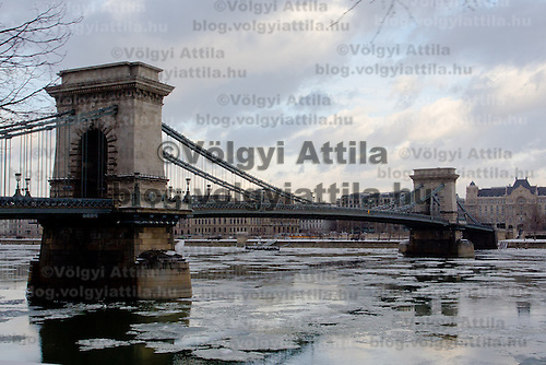 Chain bridge is seen over river Danube in the winter cityscape in Budapest, Hungary on February 15, 2012. ATTILA VOLGYI