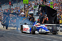 Verizon IndyCar Series<br /> Indianapolis 500 Carb Day<br /> Indianapolis Motor Speedway, Indianapolis, IN USA<br /> Friday 26 May 2017<br /> James Hinchcliffe, Schmidt Peterson Motorsports Honda pulls aways to win the 2nd round of the finals<br /> World Copyright: F. Peirce Williams