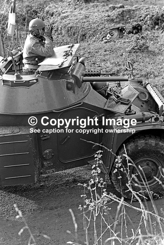 Irish Army soldiers of 27th Battalion stationed in Dundalk, Co Louth, on patrol along the border with South Armagh, N Ireland. 197512120773g..Copyright Image from Victor Patterson, 54 Dorchester Park, Belfast, United Kingdom, UK...For my Terms and Conditions of Use go to http://www.victorpatterson.com/Victor_Patterson/Terms_%26_Conditions.html