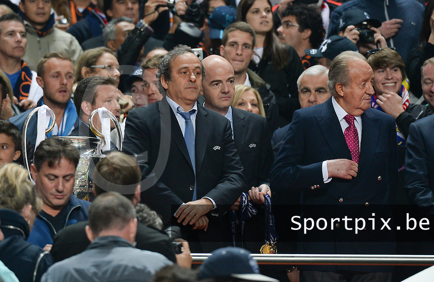 20140524 - LISBON , PORTUGAL : Michel Platini pictured with spanish king Juan Carlos during soccer match between Real Madrid CF and Club Atletico de Madrid in the UEFA Champions League Final on Saturday 24 May 2014 in Estadio Da Luz in Lisbon .  PHOTO DAVID CATRY