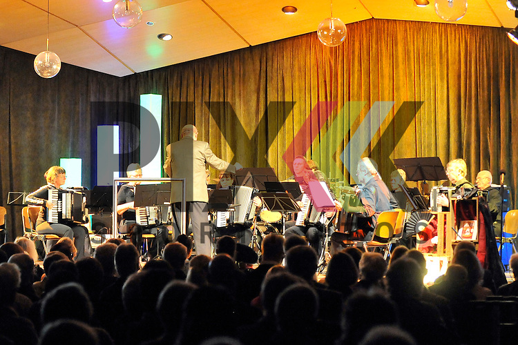 Mannheim 22.10.16 St. Jakobus 80 Jahre HHV Rheinklang mit Arnim Toepel im Bild das Hobby Orchester.<br /> <br /> Foto &copy; Ruffler For editorial use only. (Bild ist honorarpflichtig - No Model Release!)