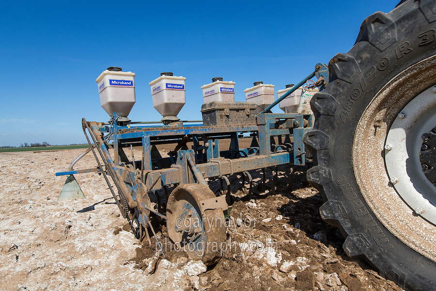 Cultivating potato seedbed and incorporating Nemathorin for PCN control - April, Lincolnshire