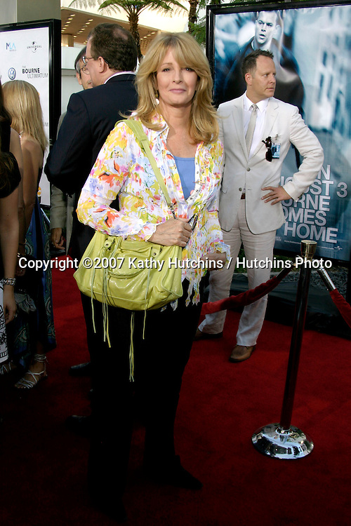 "Deidre Hall.""The Bourne Ultimatum"" World Premiere.ArcLight Theater.Los Angeles, CA.July 25, 2007.©2007 Kathy Hutchins / Hutchins Photo...."
